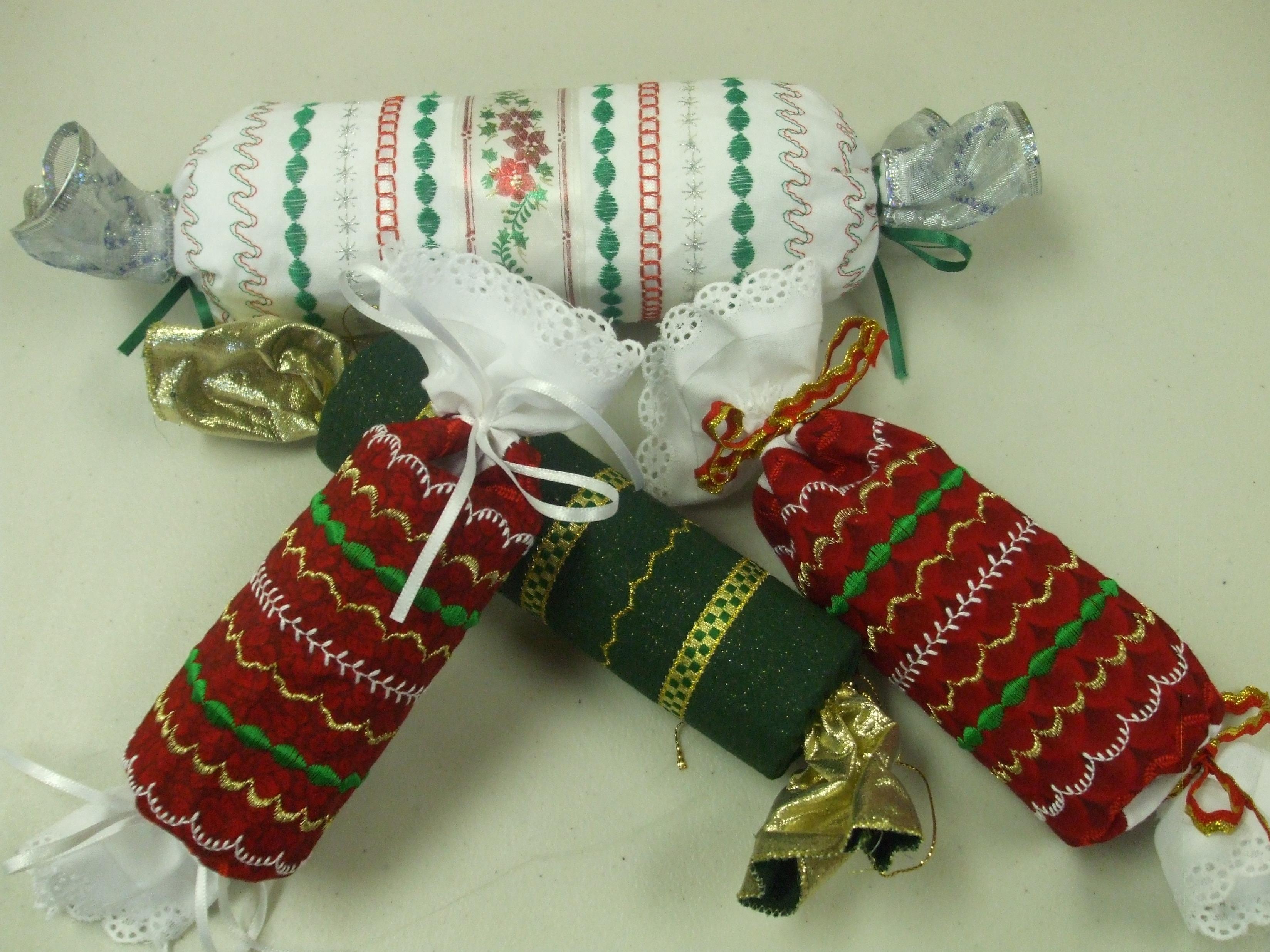 christmas cracker supplies usa