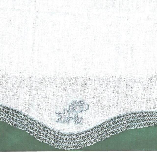 here is another towel that betty edged with serger lace.