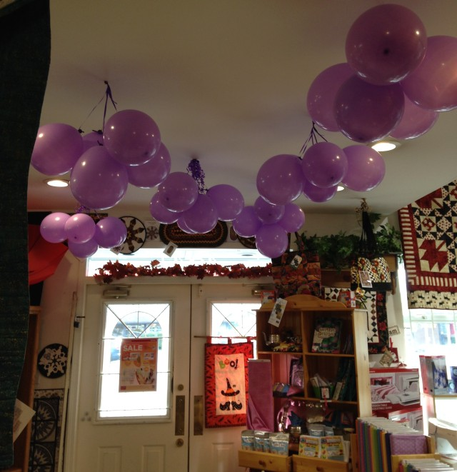 Thanks to Perry at Snip and Stitch, Nanaimo for all his work putting up the purple balloons & decorations......what a party atmosphere!