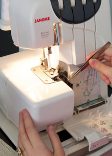 Burda serger_large