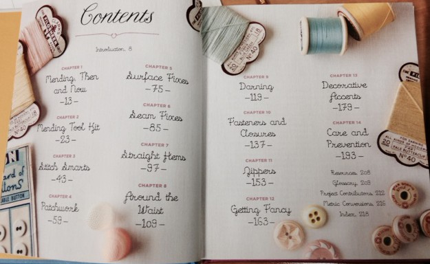 This pic of the Contents page gives a great idea of what this book covers