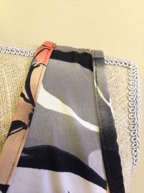 Close up of shoulder showing the binding was applied to neck & armhole openings.