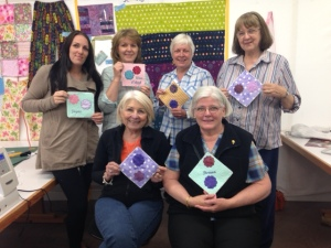 One of the groups of ladies who attended a Quilting workshop held recently at Thread n Paper - where they also made those little mug rugs.
