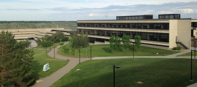 Lethbridge University to the west of the city of Lethbridge was the venue for Quilt Canada 2015. It has very picturesque surroundings with its buildings perched seemingly on the edge of the famous coulees in Lethbridge
