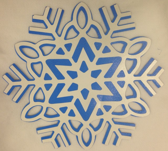 Celine from Montreal cut these snowflakes on the Artistic Edge Digital cutter. The cutting mats are 15 inch square so we can cut lovely BIG shapes.....this snowflake is made up of 2 separate cuts: one blue and 1 white which were then glued together for a very pleasing two tone look.
