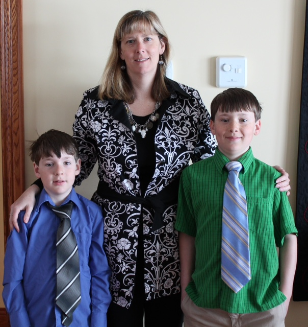 Jackie is the very proud Mom of 2 energetic boys who sure keep her busy when she is not quilting!