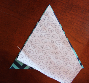 4-whatever-the-weather-quilt-sewing-triangles