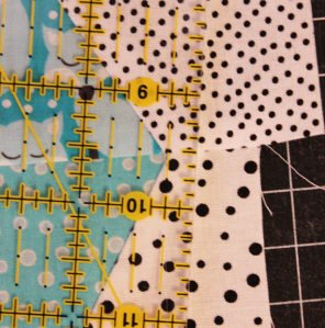8a-whatever-the-weather-quilt-sewing-triangles